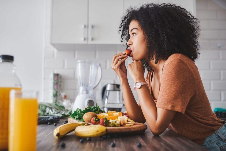 alimentación y nutrición mujeres 20