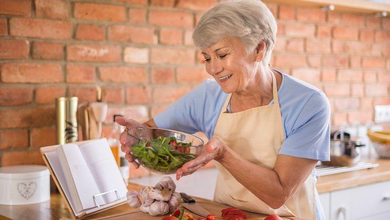 alimentación y nutrición mujeres 60