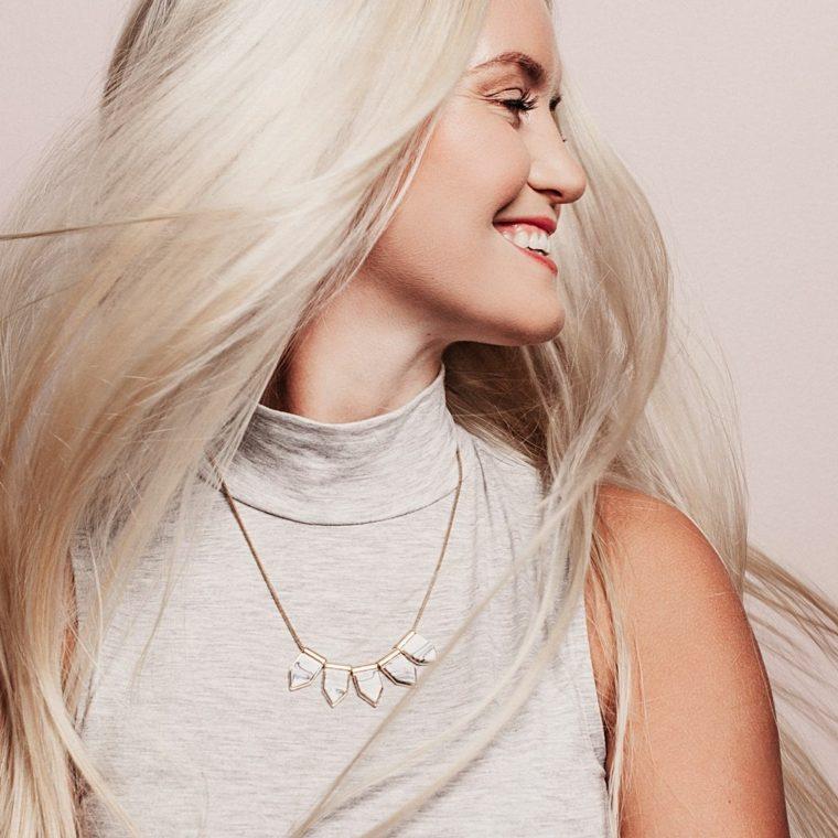 cabello-rubio-platino-2021