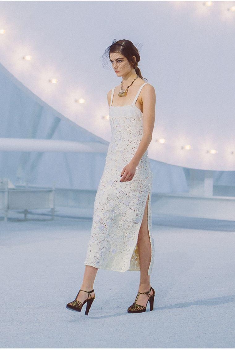 chanel-primavera-verano-vestido-blanco