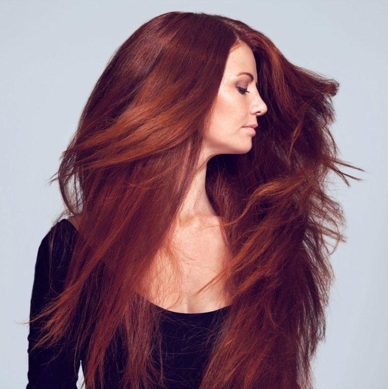 chica-cabello-largo-liso-color