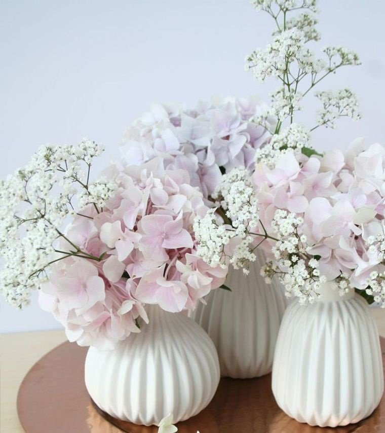 estilo escandinavo con hermosas flores