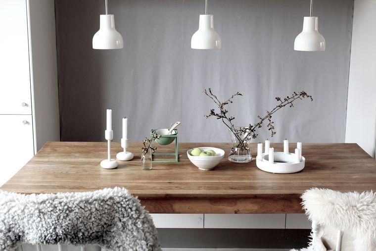 estilo escandinavo sencillo arreglo mesa