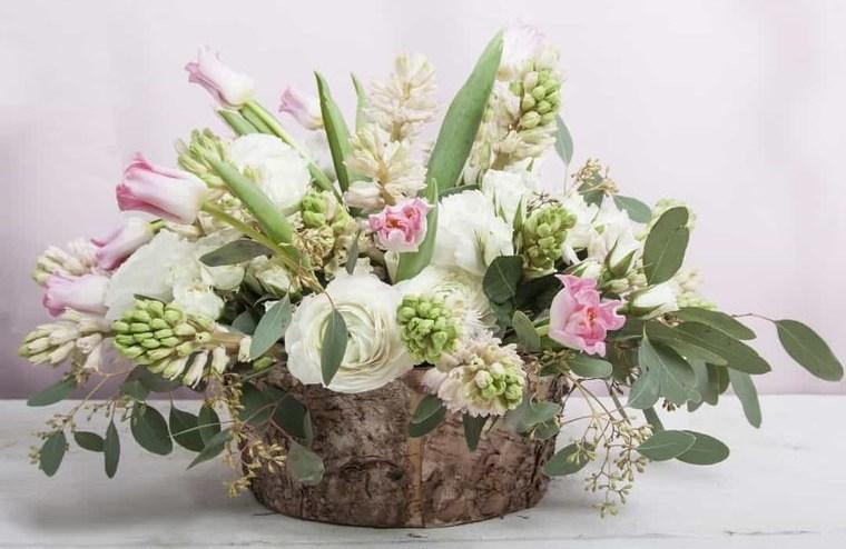 flores de jacinto centro de mesa rustico