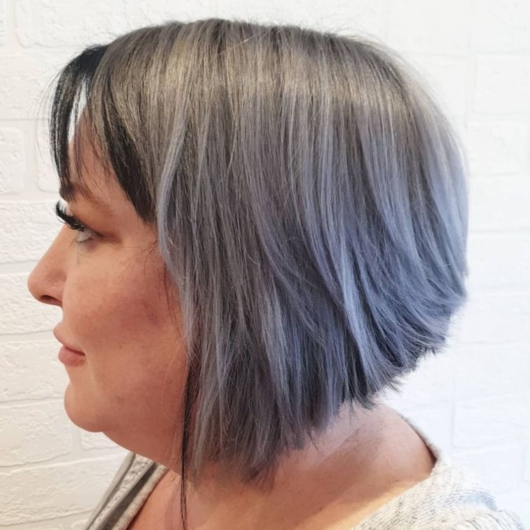 mujeres mayores cabello azul ombre