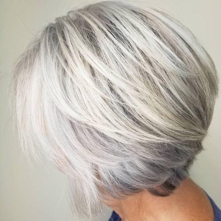 mujeres mayores cabello rubio blanco