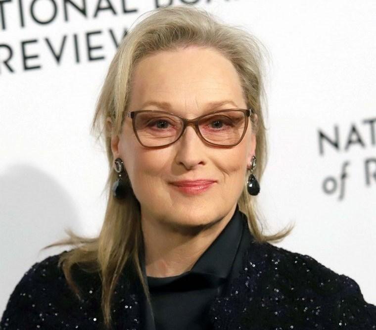 mujeres mayores de 50 peinados con gafas Meryl Streep