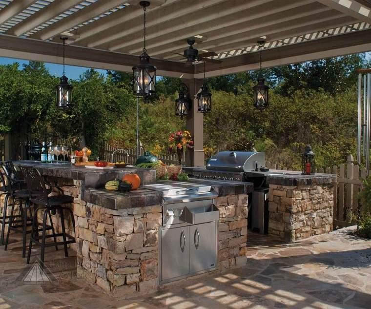 patios decorados-2021-cocina-aire-libre