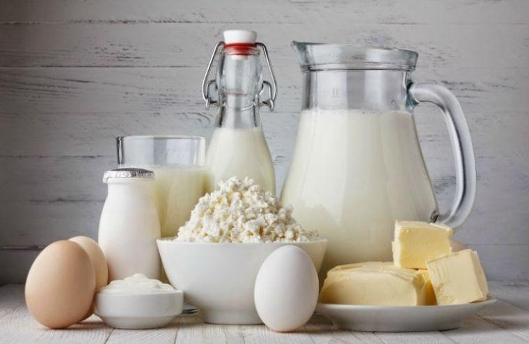 caída del cabello en mujeres alimentacion lacteos