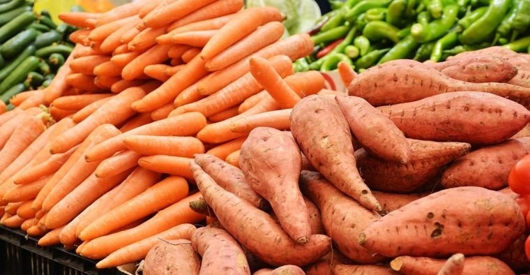 caída del cabello en mujeres alimentacion zanahorias