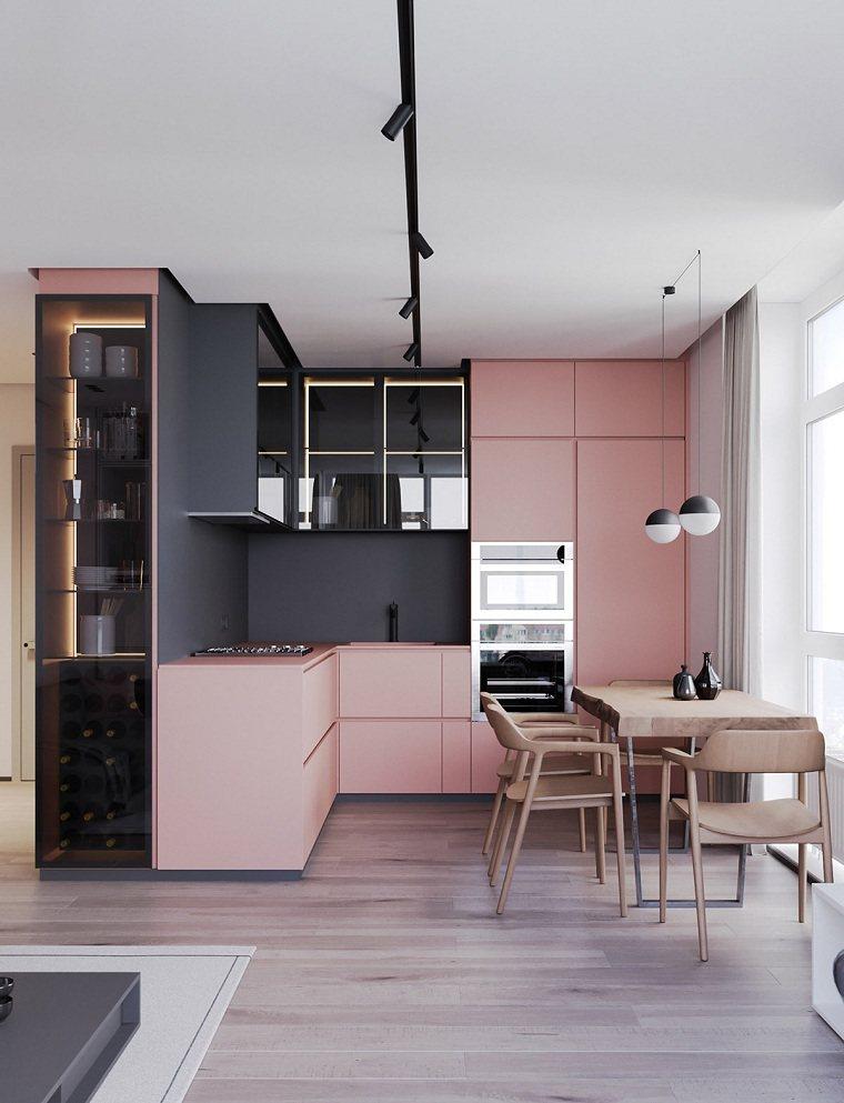 cocina-pequena-color-rosa-forma-L