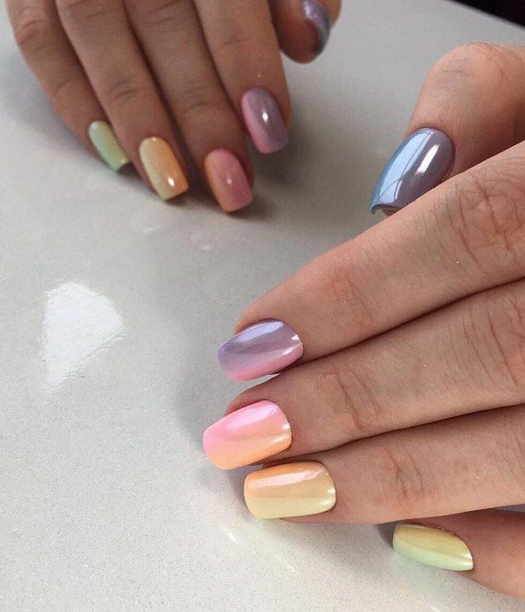 color-de-unas-2021-verano-tendencias-moda