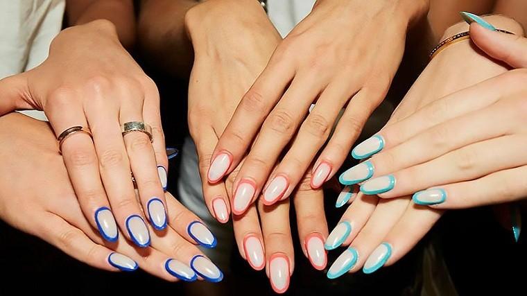 Color de uñas 2021 verano-tendencias