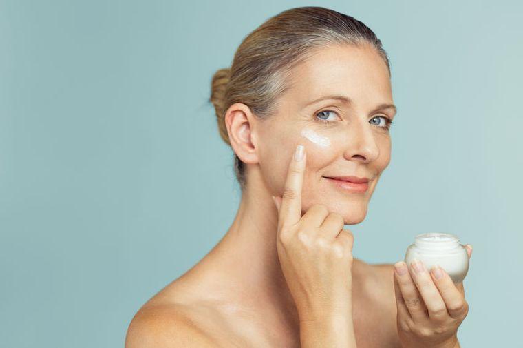 cuidado facial acido hialurónico