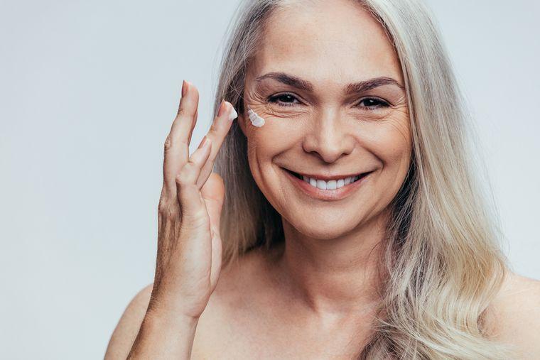 cuidado facial despues de los 50 años