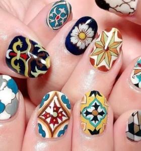 diseño independiente uñas