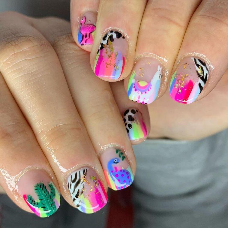 diseño independiente uñas color