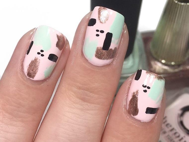 diseño independiente uñas desde casa