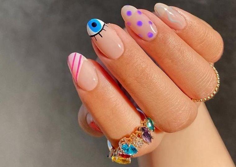 diseño independiente uñas sencillas