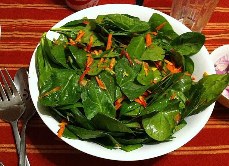 ensalada de primavera-dieta-espinacas