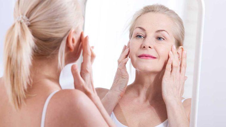 Líneas de expresión debajo de los ojos – Cómo disminuir su apariencia de manera natural