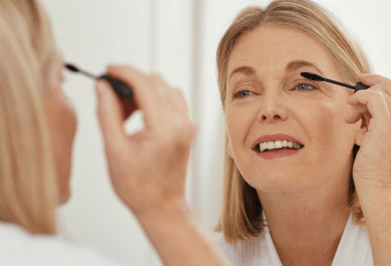 maquillaje natural para despues de los 50