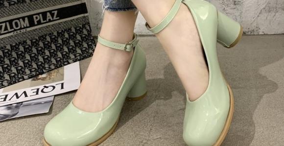 zapatos estilo mary jean mujer delicada
