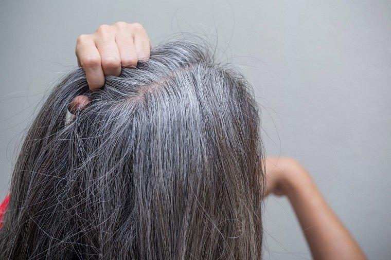 Cabello-gris-razones-perder-color