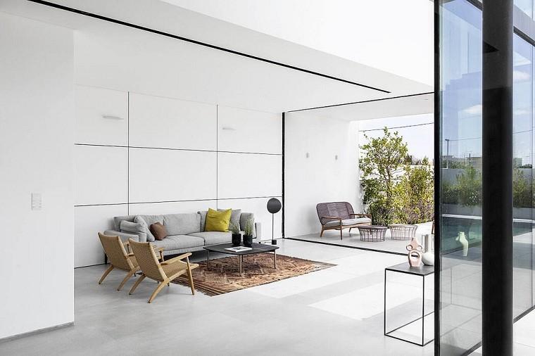 Color del año 2021 -raz-melamed-architect