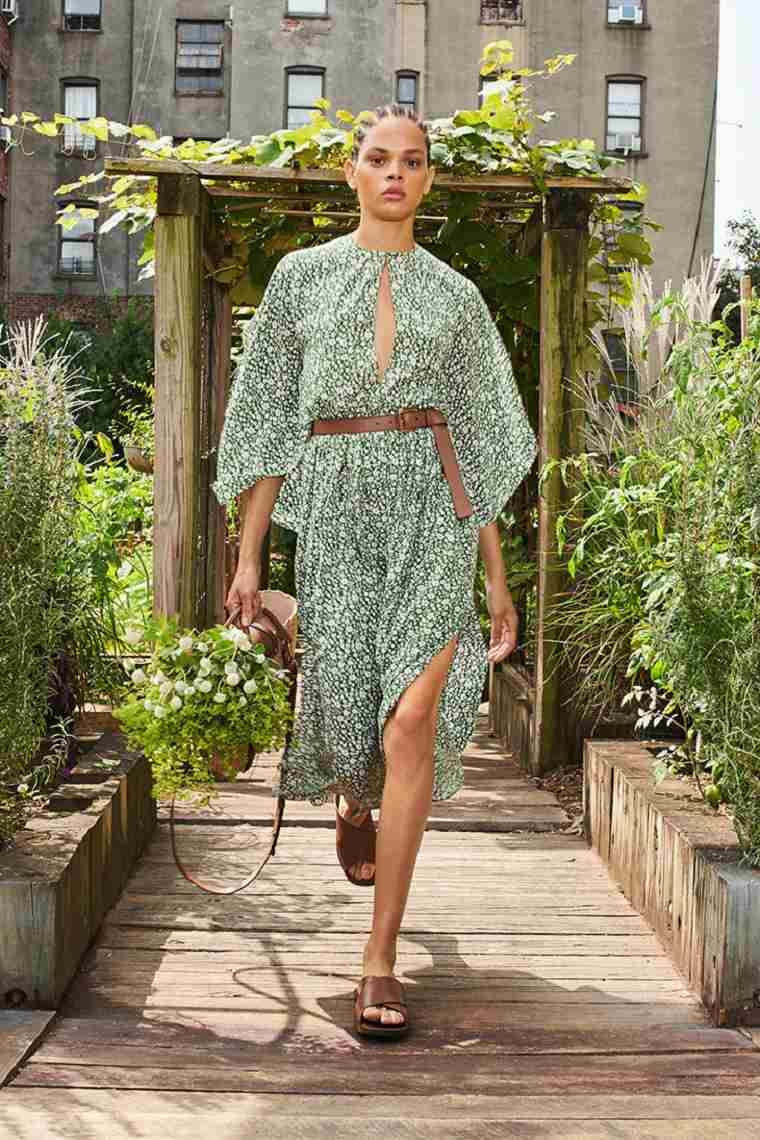 estampados-de-moda-primavera-2021-Michael-Kors