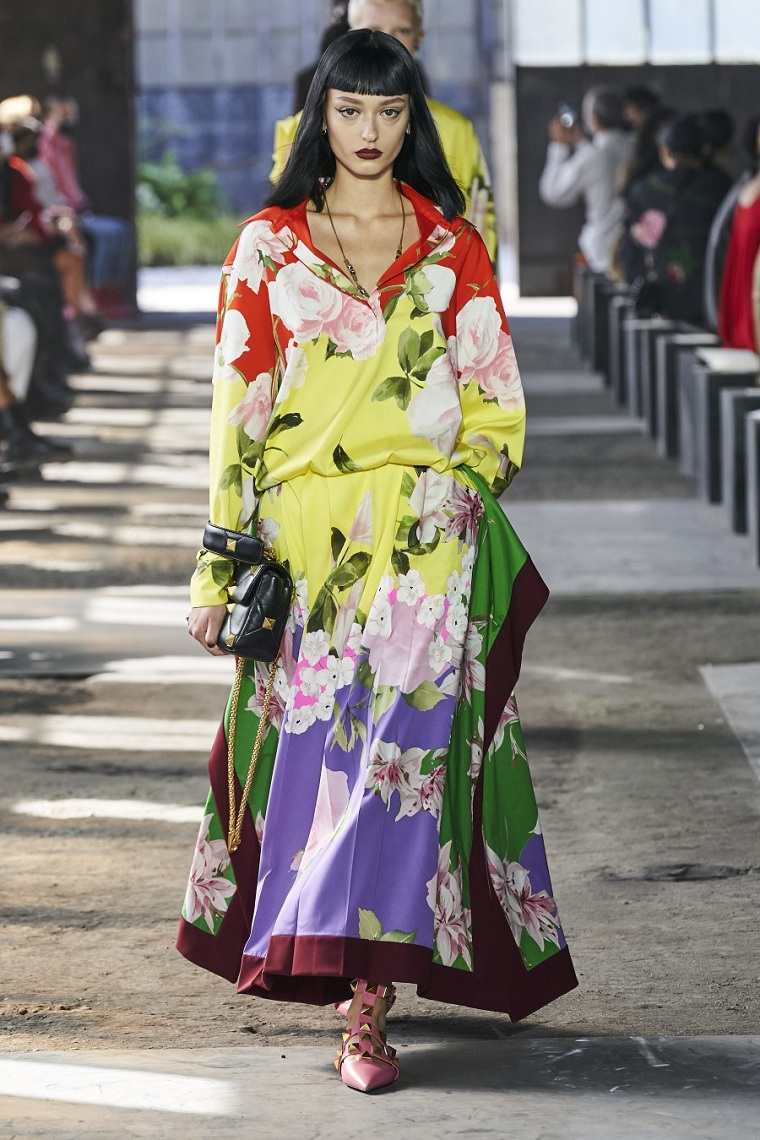 estampados de moda-primavera-2021-Valentino-colores