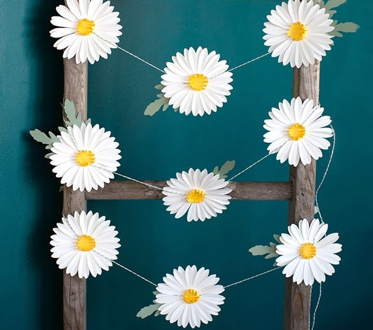 flores de papel margaritas blancas guirnalda
