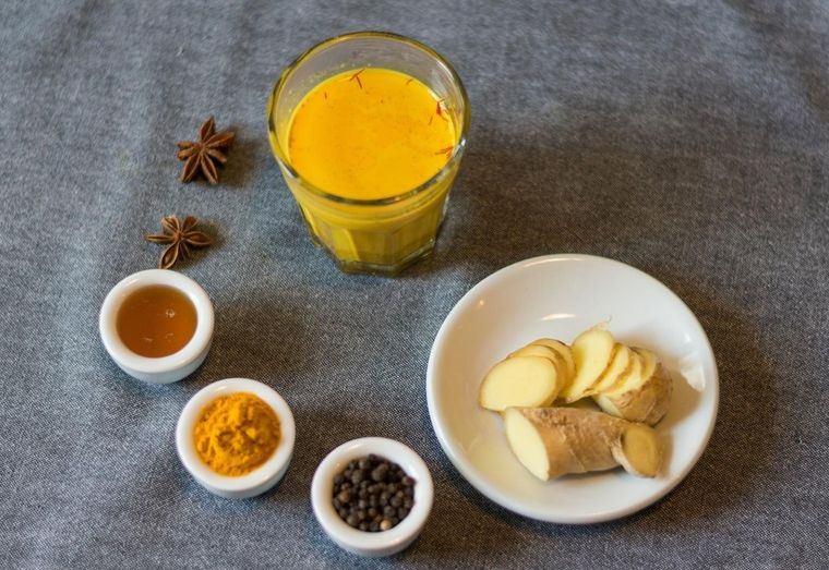 leche de cúrcuma faciles ingredientes