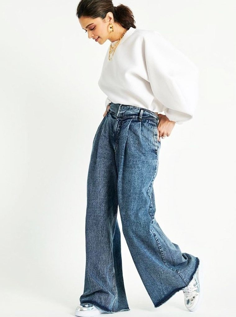mezclilla jeans con botas anchas