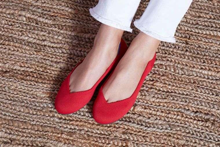 vestimenta diaria zapatos bajos