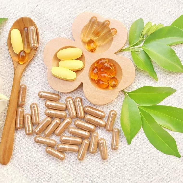 vitaminas para mujeres-50-estilo-vida