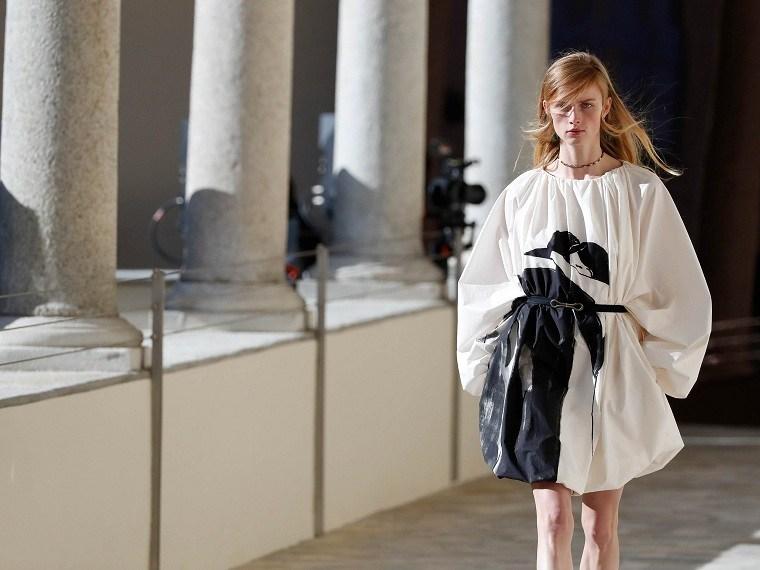 Ropa-de-moda-de-mujer-2021-Ports-1961-ideas