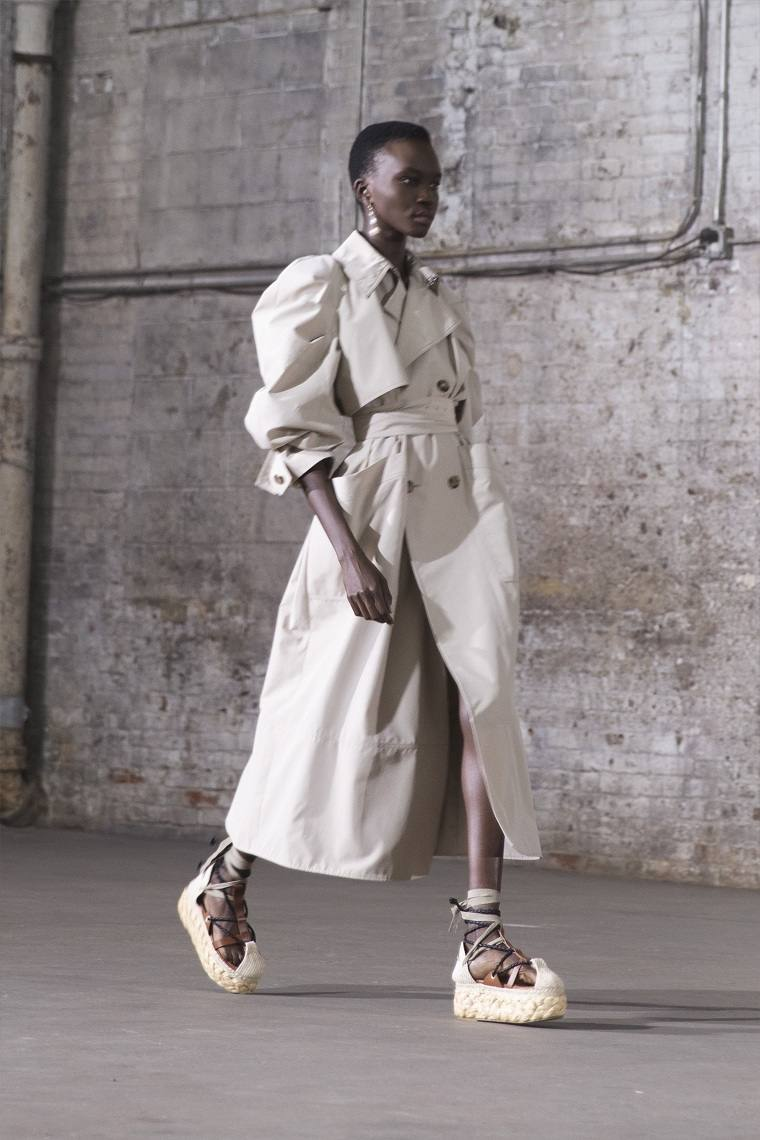 Ropa-de-moda-de-mujer-2021-altuzarra