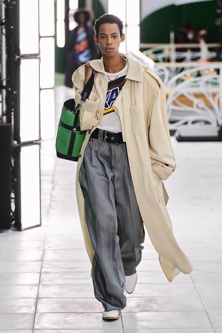 Ropa-de-moda-de-mujer-2021-louis-vuitton