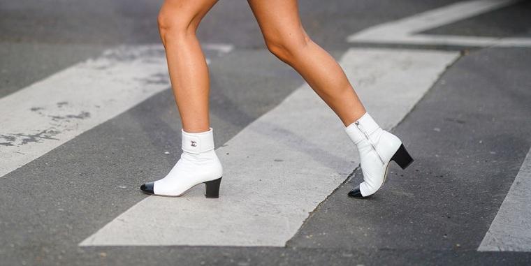 Zapatos-2021-botas-blancas-estilo