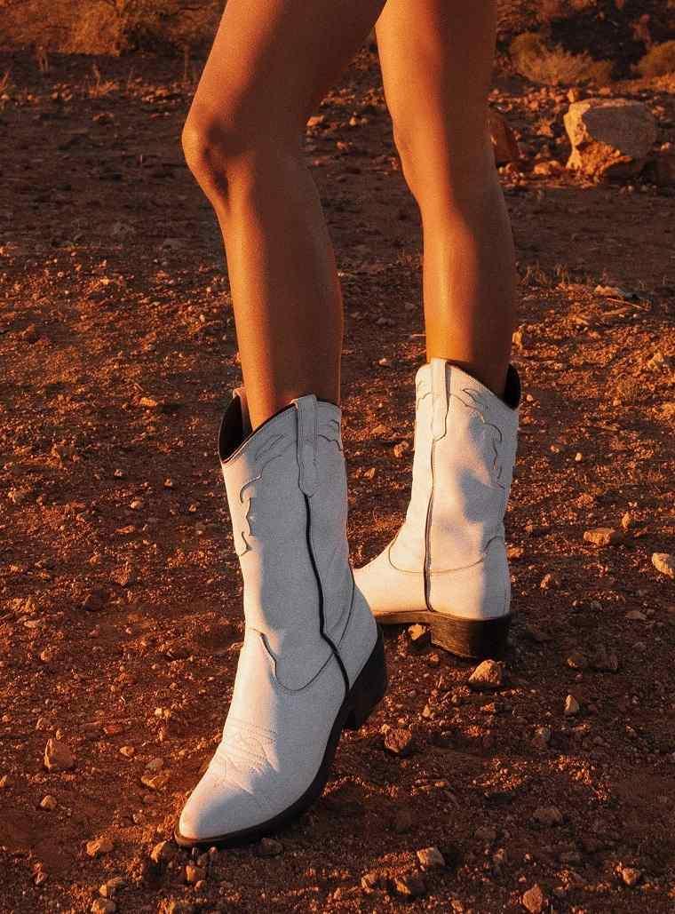 Zapatos 2021-botas-vaquero-blancas