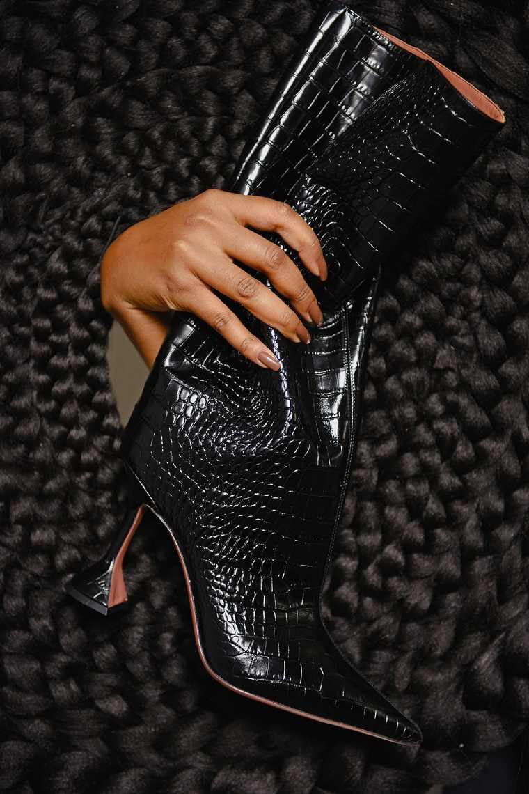 Zapatos-2021-tacones-ornamentos-ideas