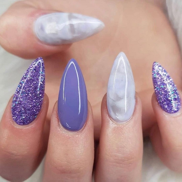colores-manicura-unas-2021-purpura