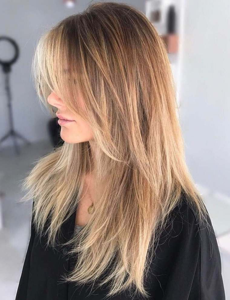 corte-mujer-cabello-largo