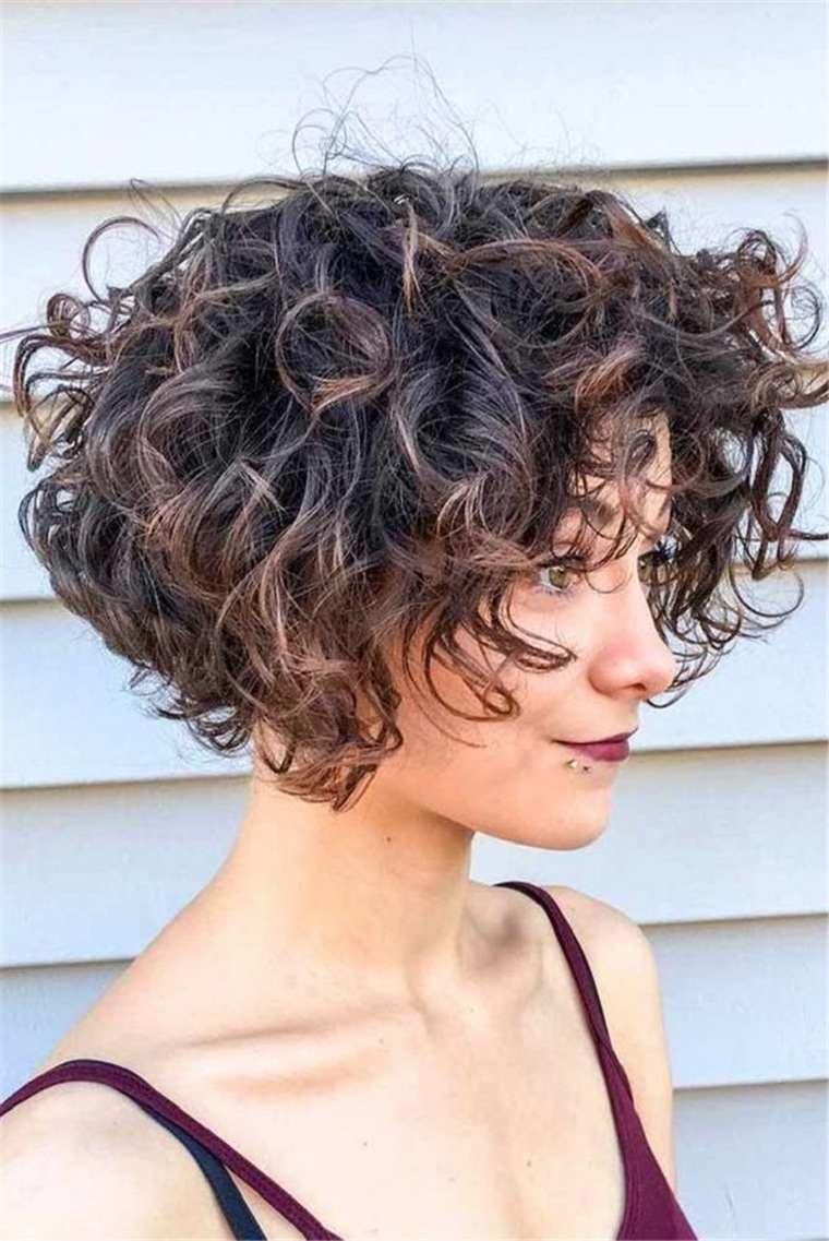 cortes-de-pelo-2021-ideas-cabello-rizado-ideas
