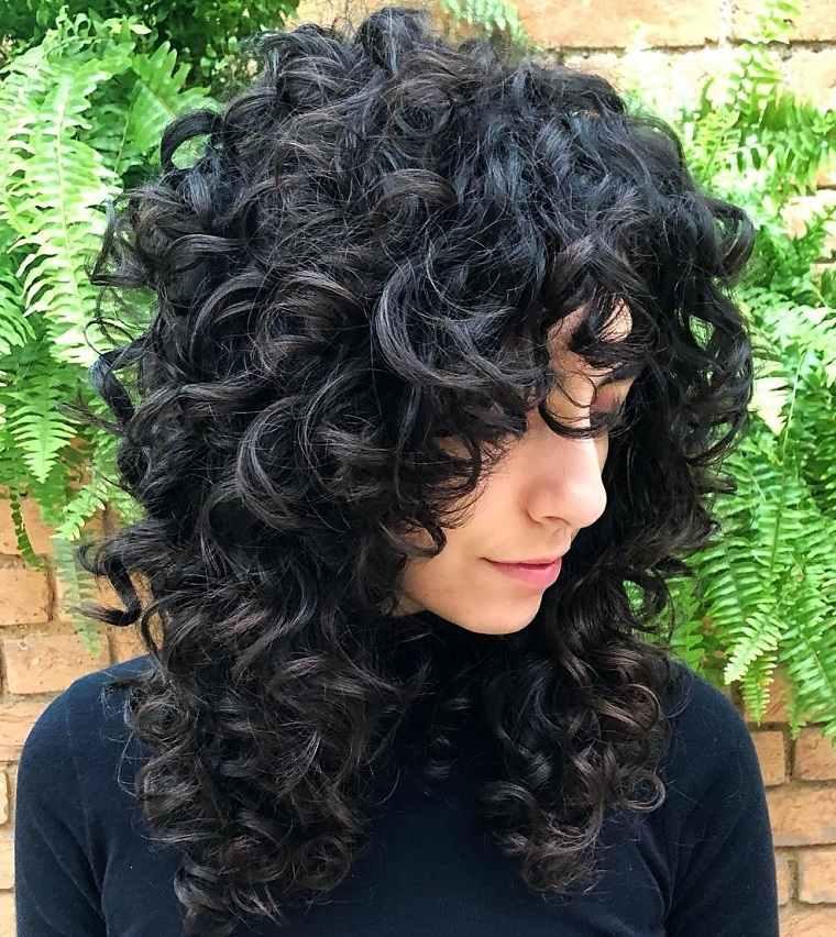 Cortes de pelo 2021 ideas-cabello-rizado-largo
