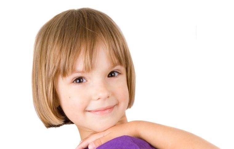 cortes de pelo de niña modernos bob flequillo