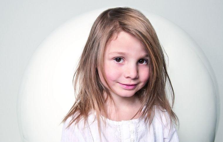 cortes de pelo de niña modernos estilo desordenado
