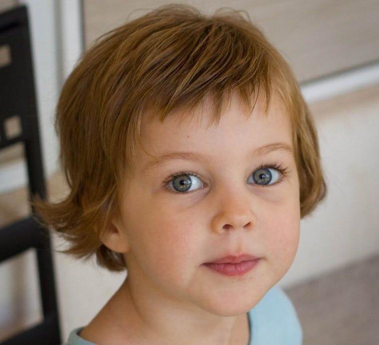 cortes de pelo de niña modernos liso corto