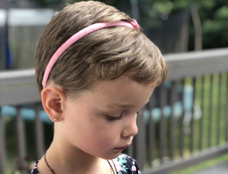 cortes de pelo de niña modernos peinado corto
